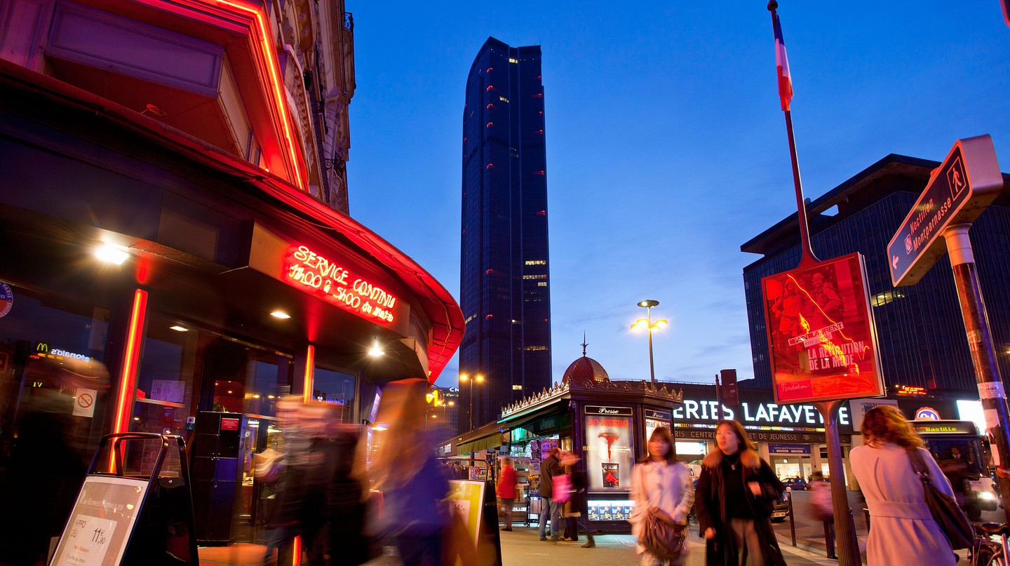 Montparnasse's cosy piano bars and terraces are ideal places to while away an evening in Paris