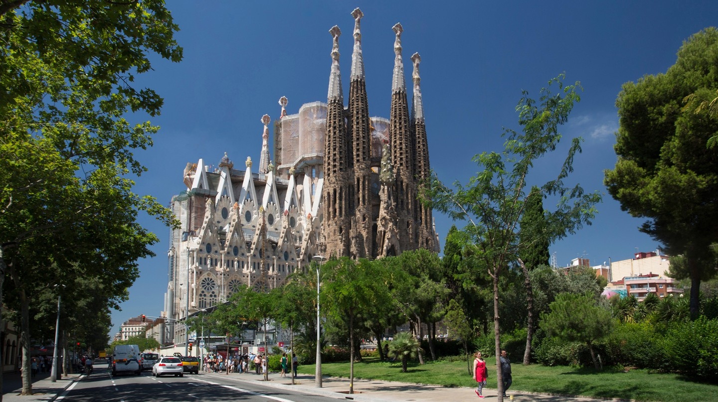 Barcelona offers a cornucopia of family-friendly attractions and hotels