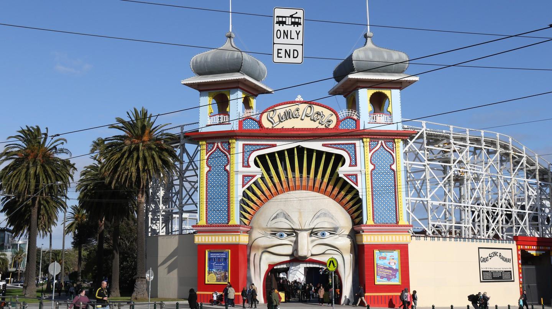 Take a tour of Melbourne, Australia