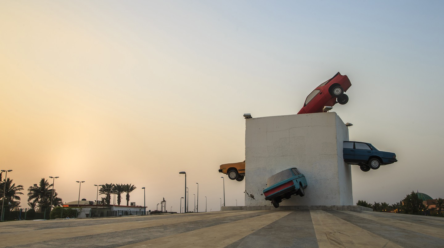 Accident! (Crazy speed) by Julio Lafuente. Cars in reinforced concrete, Northern Corniche, Obhur district