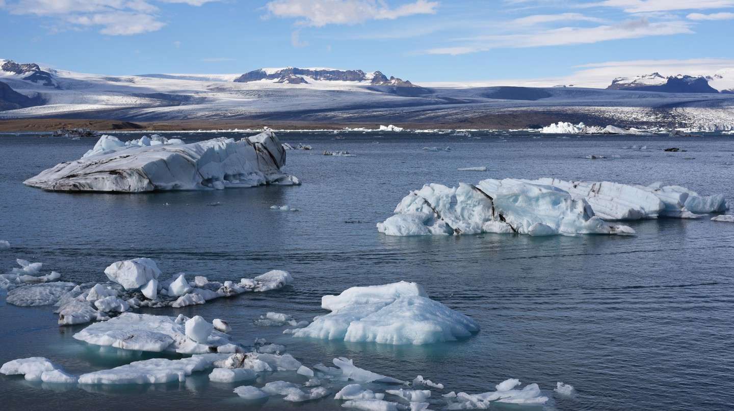 J3W1CN Jokulsarlon or the Iceberg Lagoon at the southern tip of Vatnajokull National Park in South Iceland