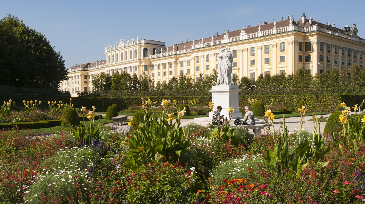 Find a relaxing place to stay after a day of exploring Vienna