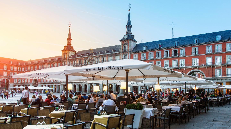 Terrace on plaza Mayor, Madrid
