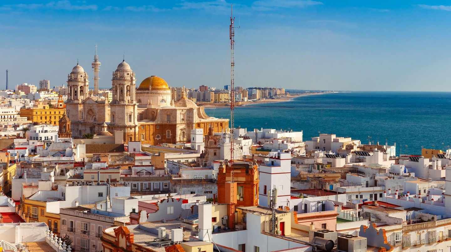 Situated on southern Spain's Atlantic coastline, Cádiz has some of the country's finest fish and seafood