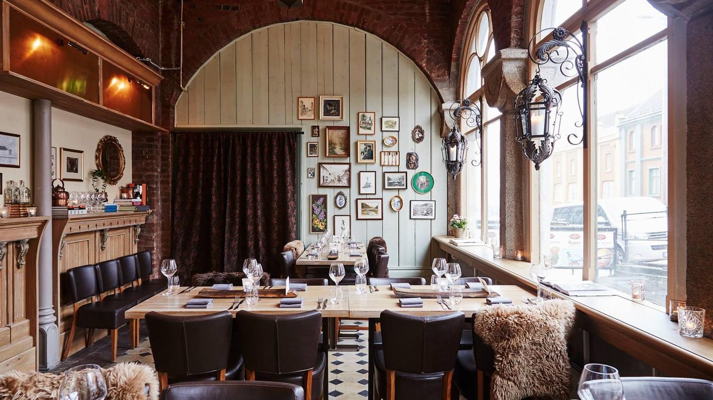 Head to Restaurant 1877 for fresh, seasonal food