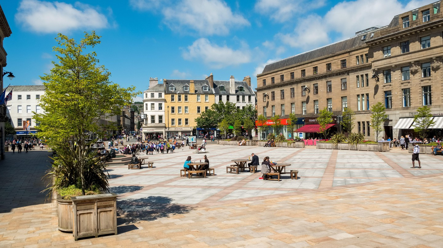 Enjoy a coffee from one of Dundee's great cafés as you explore the city