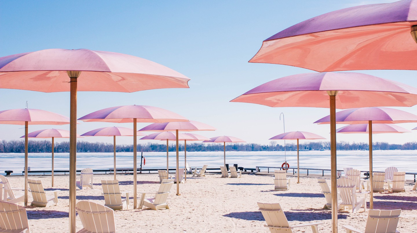 Toronto's Instagram-worthy Sugar Beach is one of the city's best sandy spots