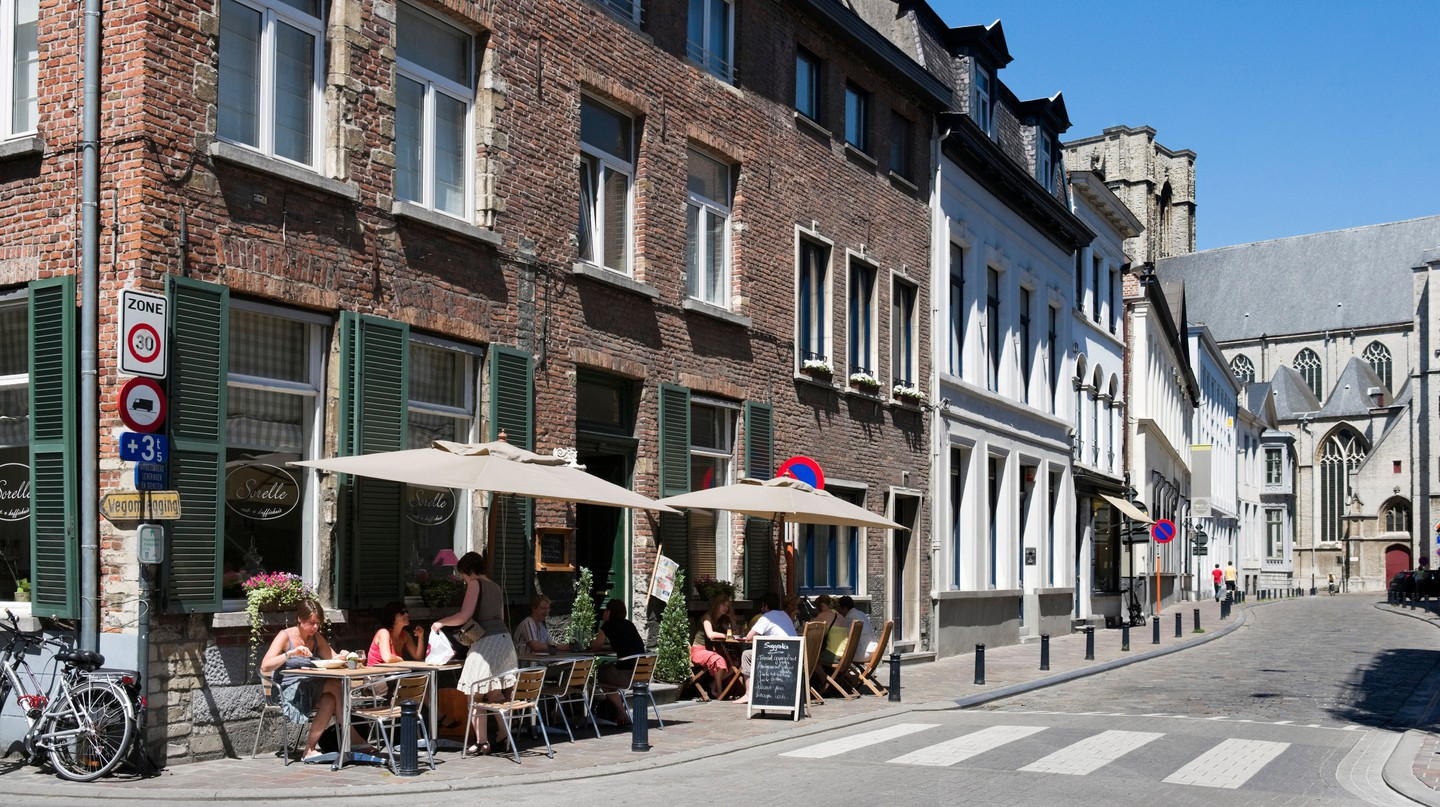 Cafés, bakeries and tea rooms offer relaxed breakfasts and brunches in Ghent