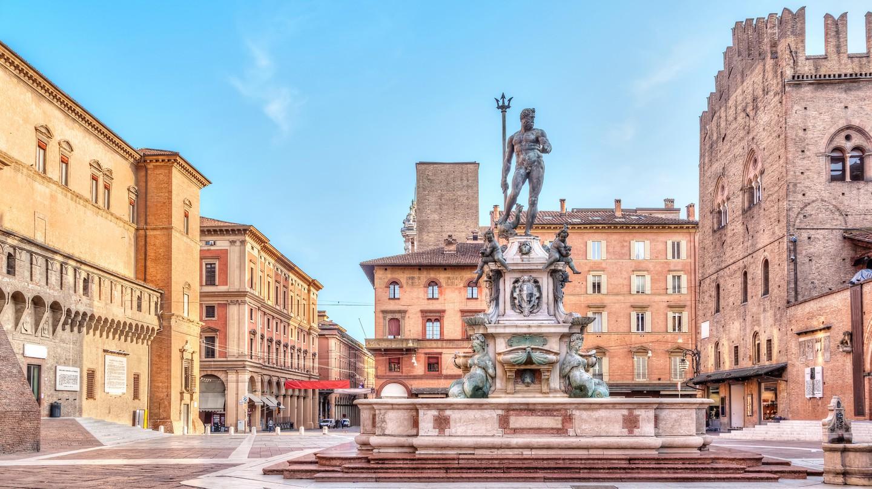 Piazza del Nettuno square