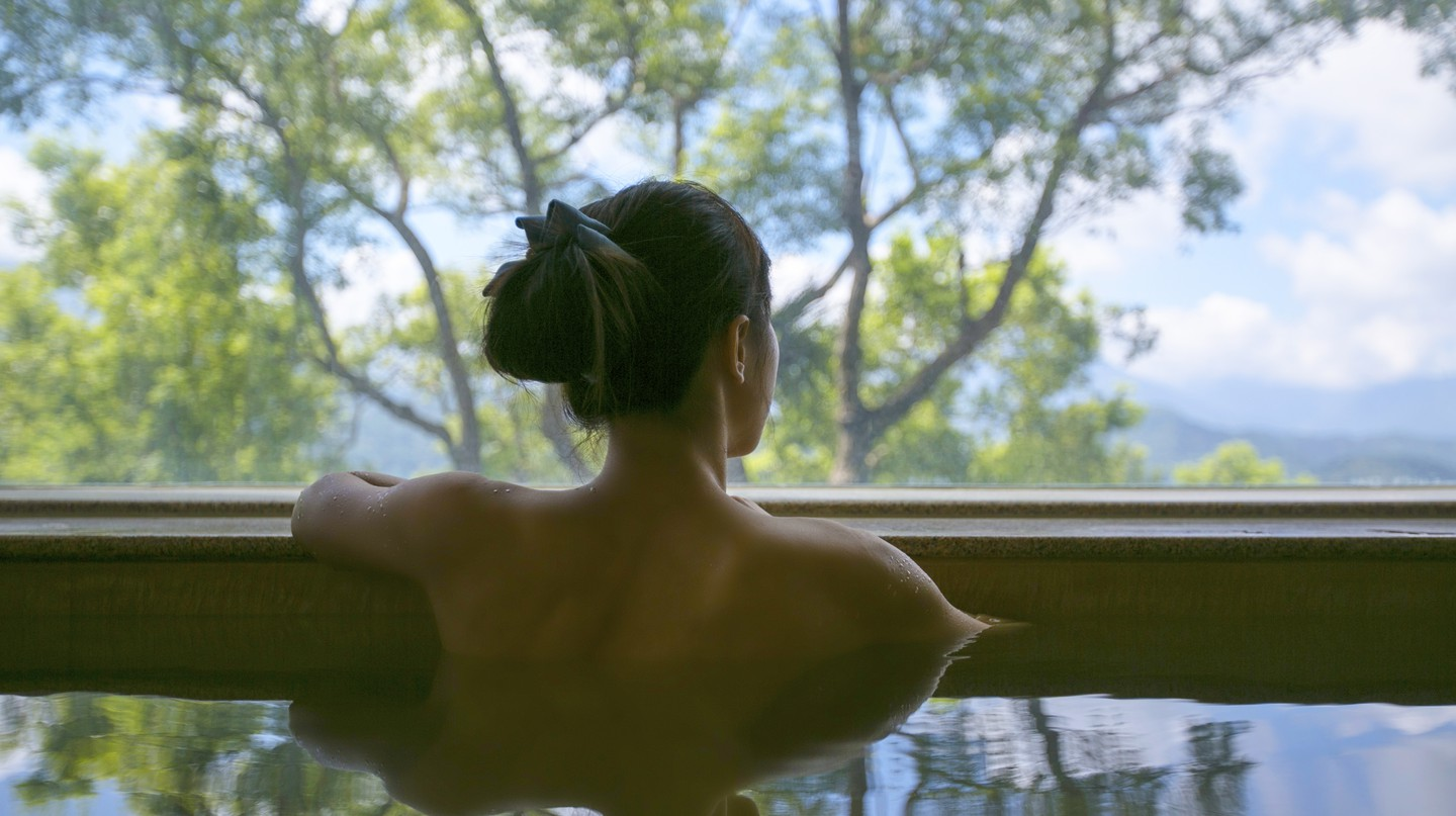 Most ryokans in Hakone have private onsen available to guests