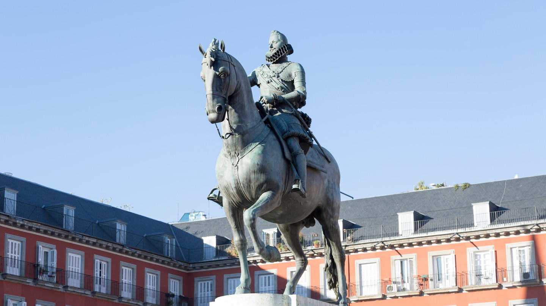 Statue in Plaza Mayor, Madrid