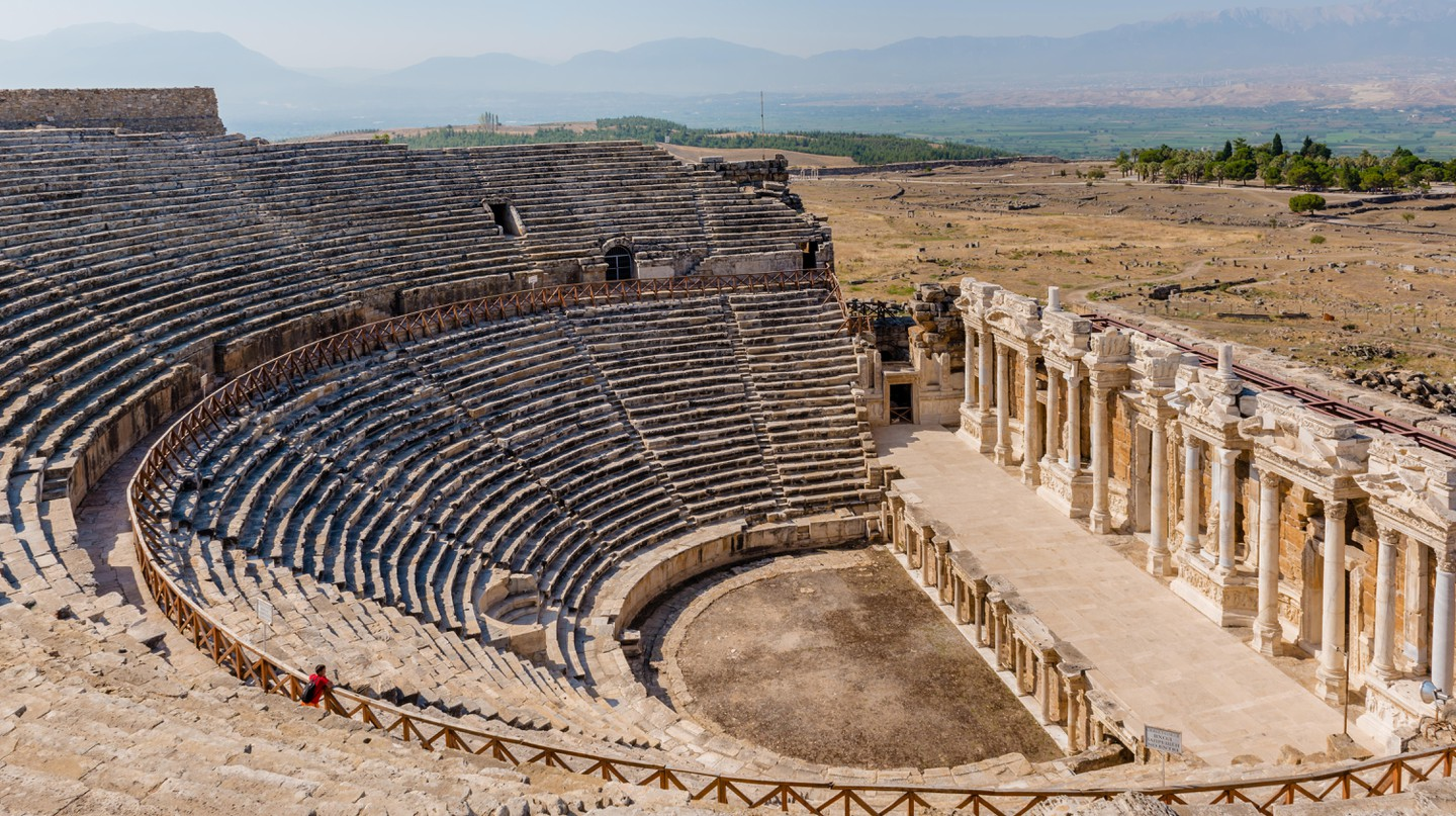 Spend a day discovering the ancient city of Hierapolis