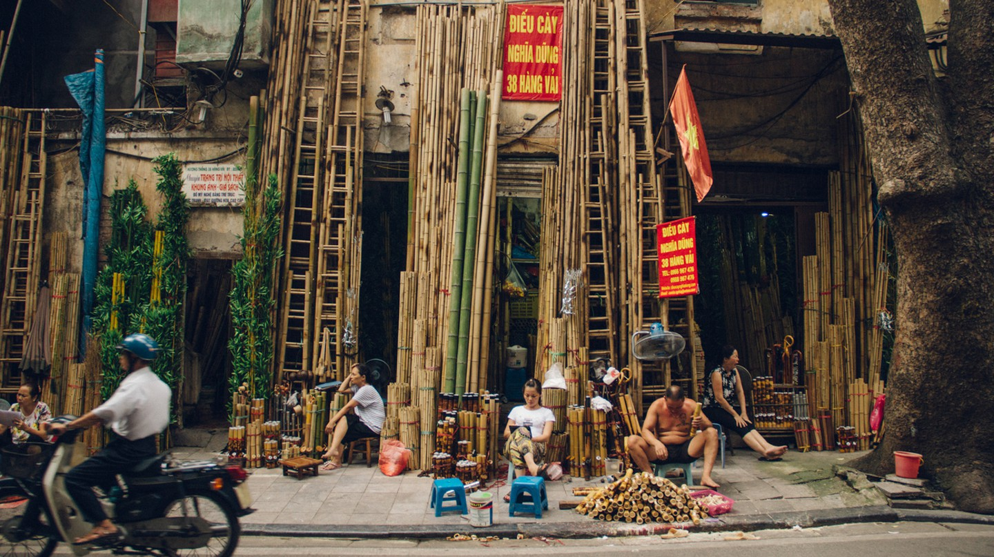 Hang Vai, or Bamboo Street, is one of the shopping streets in Hanoi where you can pick up handcrafted items