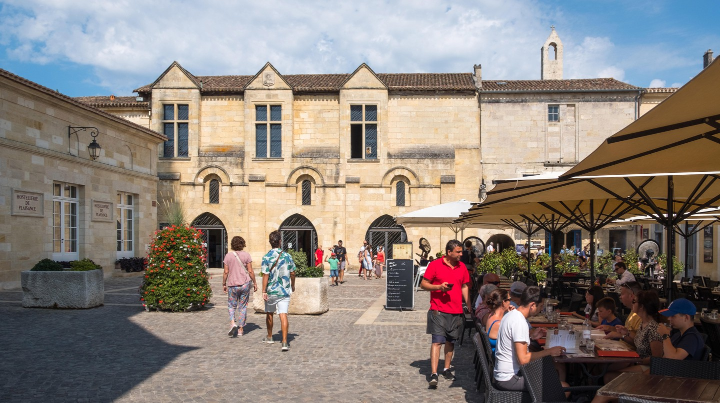 Discover the best restaurants to eat at in Bordeaux