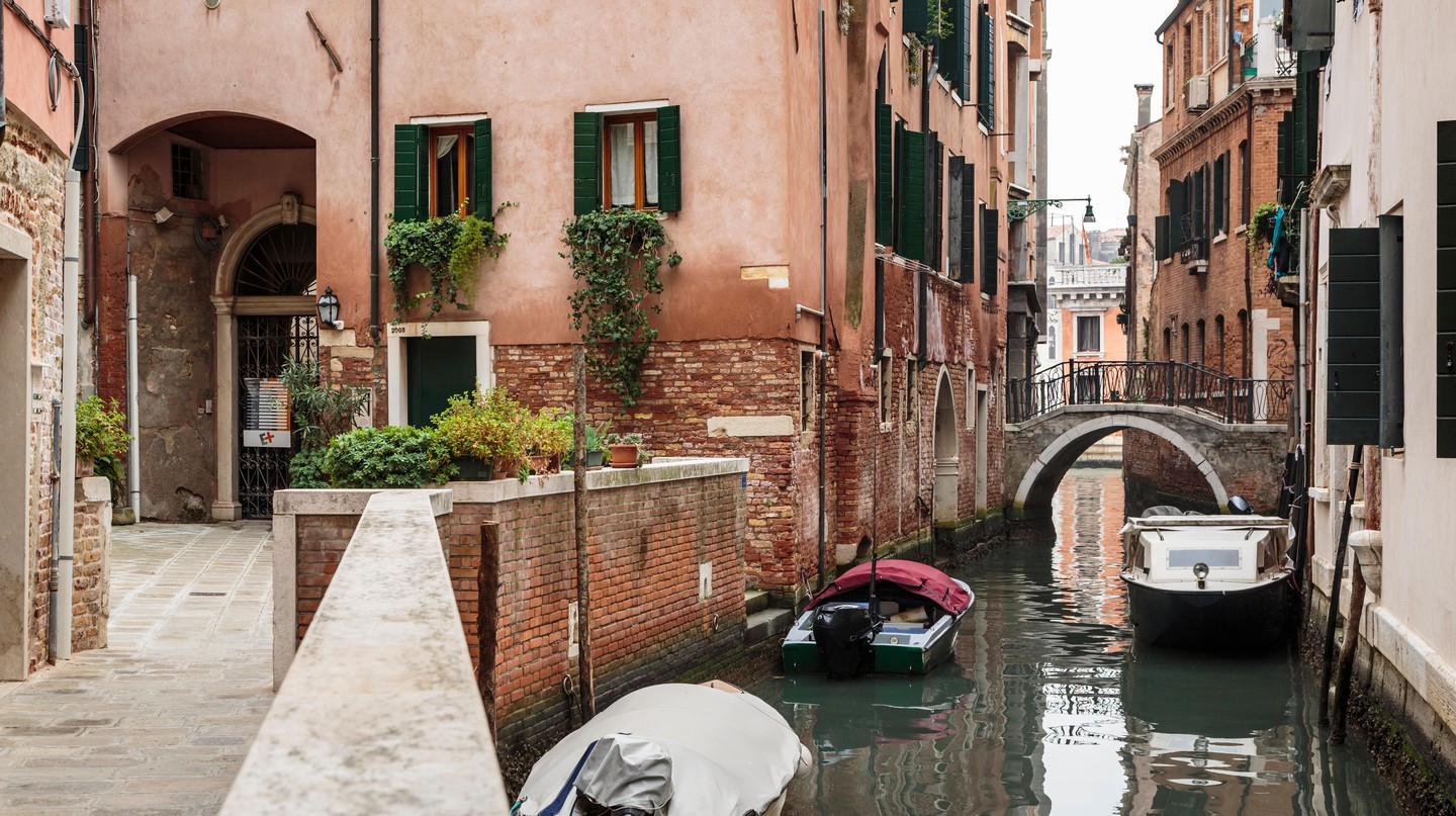 Venetians keep soldiering on in a crisis, whether it be rising tides or a coronavirus outbreak