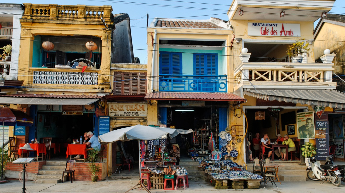 Hội An, a UNESCO World Heritage site, is home to many amazing restaurants and cafés