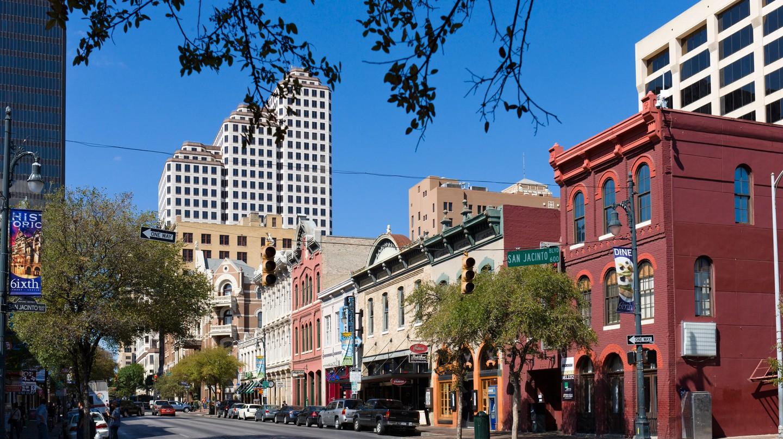 Surprising Ways to See Austin, Texas