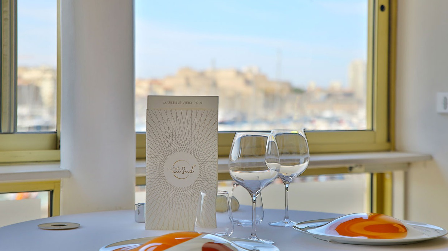Une Table au Sud is a Michelin-star eatery on Marseille's Vieux Port