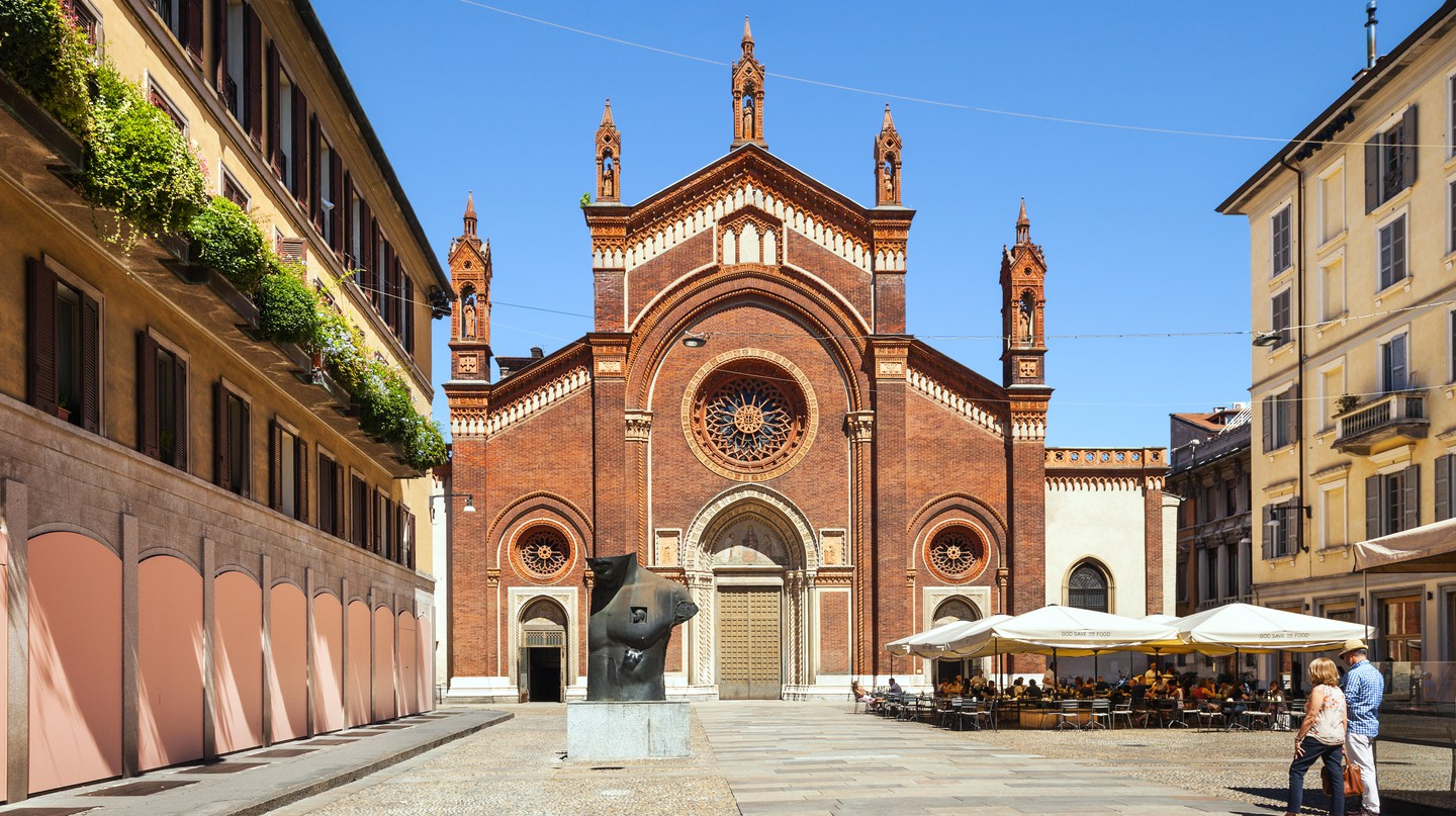 Piazza del Carmine, Brera, Milan. Now you can enjoy a foodie walking tour around this part of the city  