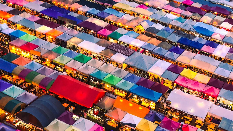 Многие цвета в Таиланде имеют особое значение