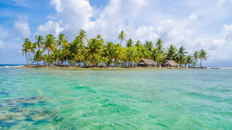 Turquoise sea and golden sands make the San Blas Islands an idyllic getaway