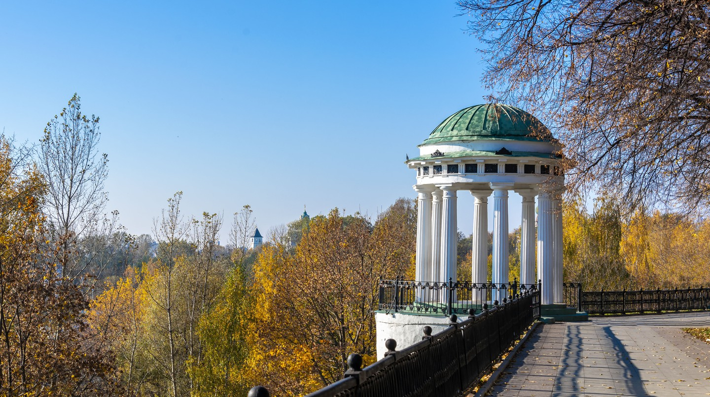 White air Rotunda on the high Bank of the Volga river in ancient Russian town of Yaroslavl