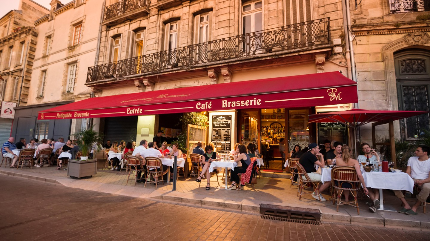 There are many specialties in Bordeaux that you must try on your visit