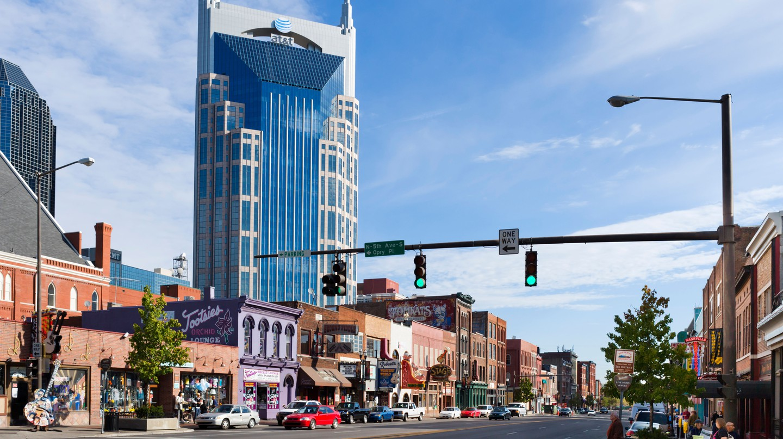An excellent restaurant is never far away in Downtown Nashville