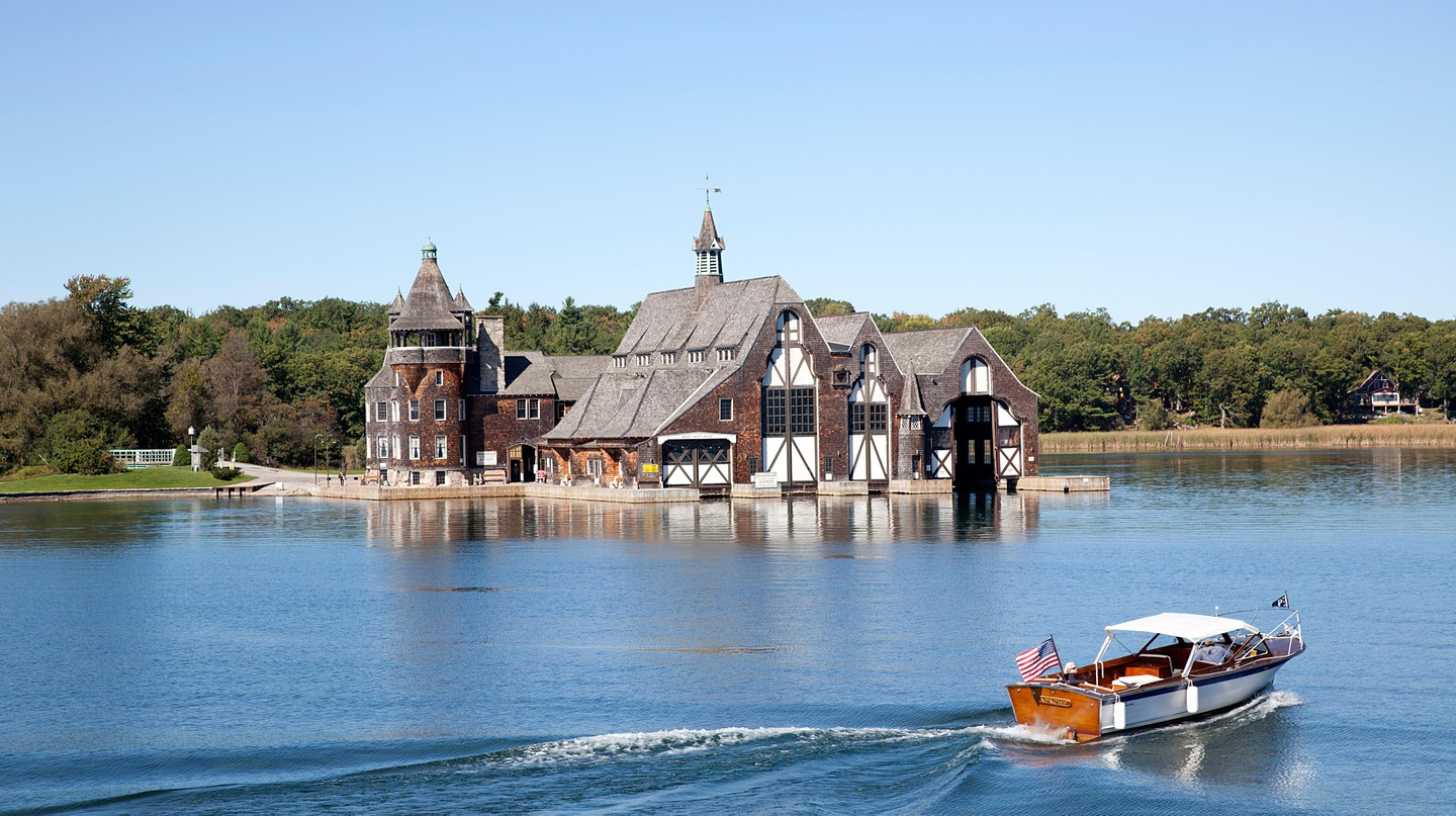 Explore the Thousand Islands on a weekend excursion