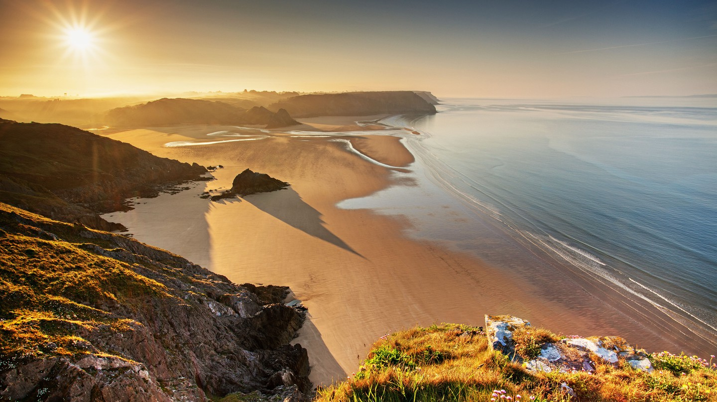 If you're after a picturesque setting for your picnic, head to Three Cliffs Bay Beach