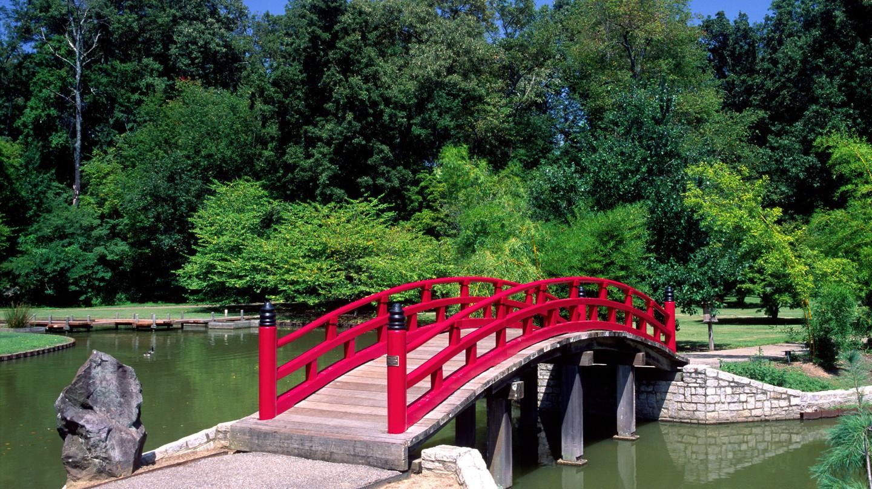The Memphis Botanic Garden comprises 31 specialty gardens