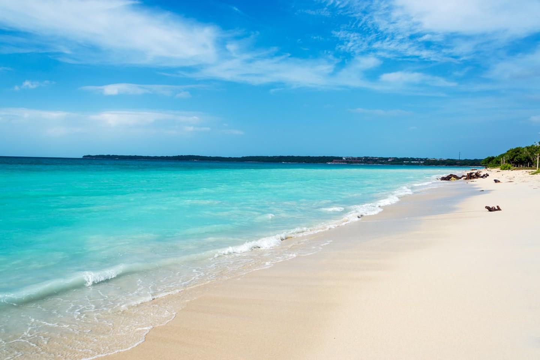Playa Blanca perto de Cartagena, Colômbia