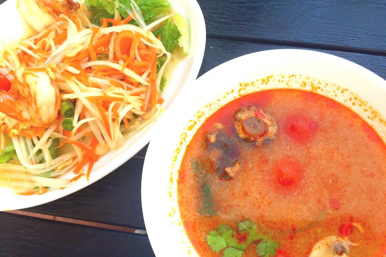 Салат из морепродуктов и супа