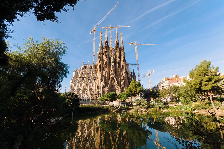 Die Sagrada Família ist ein architektonisches Meisterwerk von Antoni Gaudí