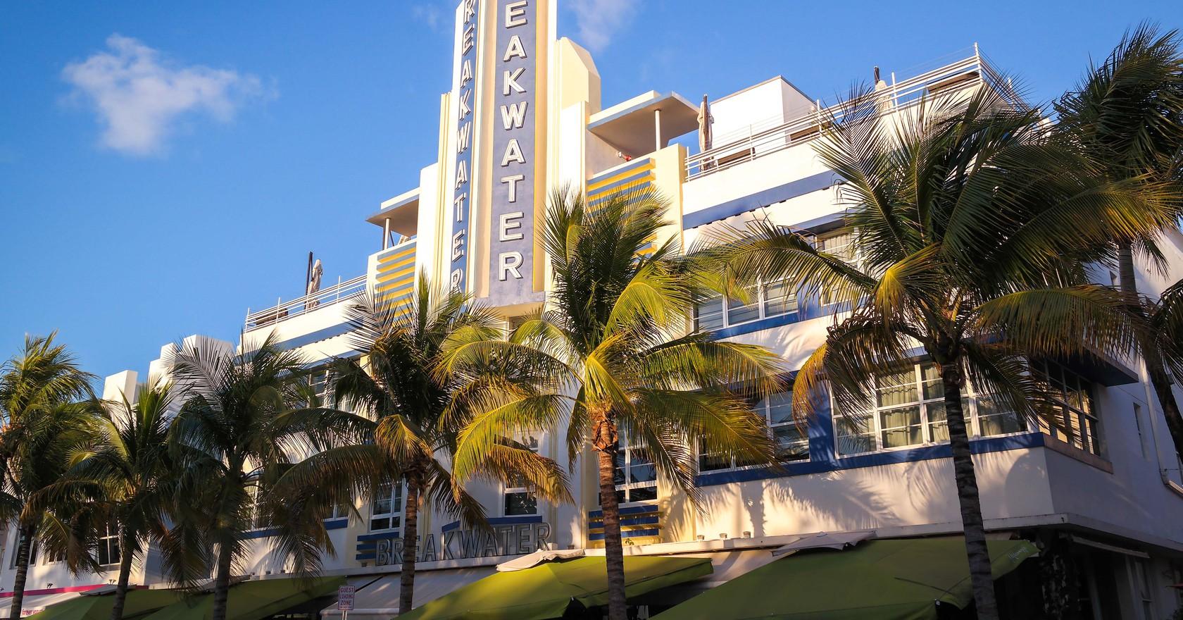 Breakwater Hotel Miami Beach Wikipedia Commons