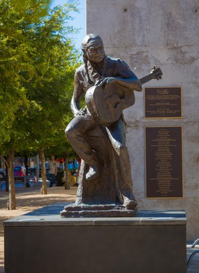 Willie Nelson sculpture located in downtown Austin, Texas