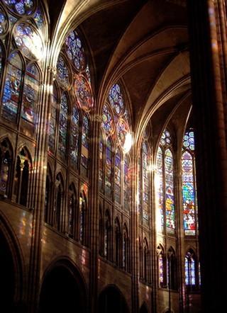 Basilica Saint Denis Interior, Paris   © WikiCommons