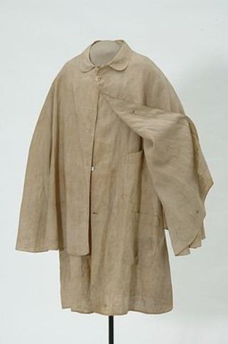 Duster coat used by one of the Younger Brothers | © Minnesota Historical Society/Flickr