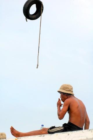 Smoking   © Tanti Ruwani/Flickr