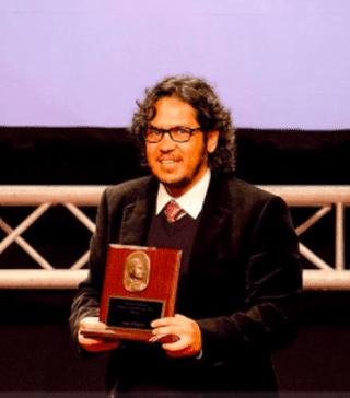 Chaves receiving Costa Rica's Premio Nacional de Cultura, 2012 | Courtesy of the author