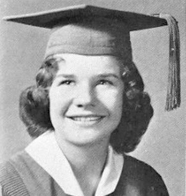 Janis on graduation   © Unibond/WikiCommons