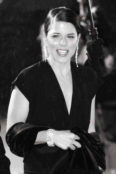 Neve Campbell 2006 BAFTAs   © Caroline Bonarde Ucci / WikiCommons