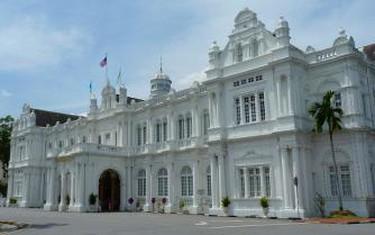 Penang City Hall, Georgetown © Cmglee/WikiCommons
