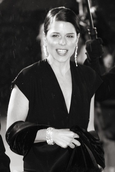 Neve Campbell 2006 BAFTAs | © Caroline Bonarde Ucci / WikiCommons