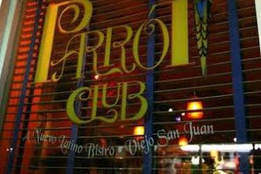 The Parrot Club sign