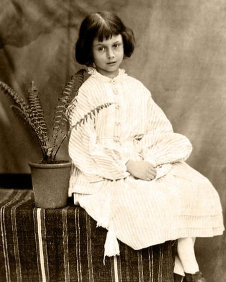 Alice Liddell | © Lewis Carroll / WikiCommons