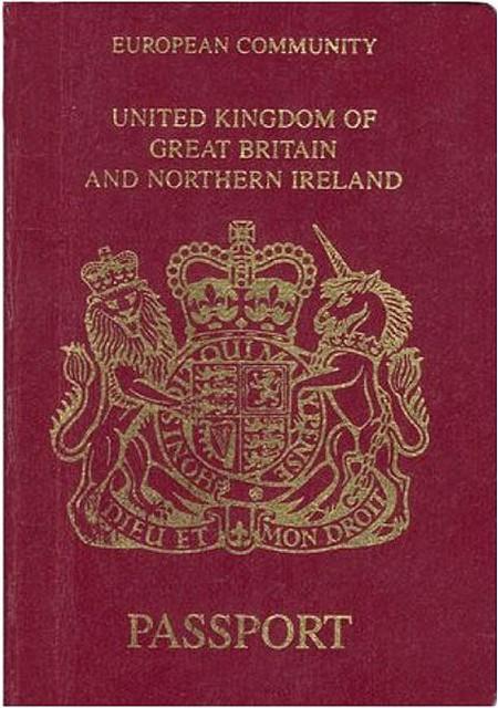 British Passport (European Community)   © Stratforder/Creative Commons