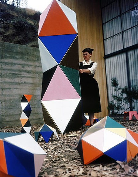 35. Ray Eames with an early prototype of The The Toy in the patio of the Eames House_1950_∏_2017 Eames Office_LLC