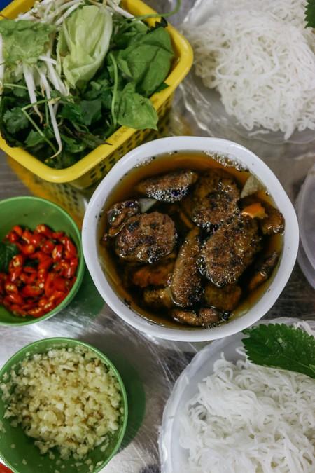 Bun Cha at Hung Lau in Hanoi © Pham/Culture Trip