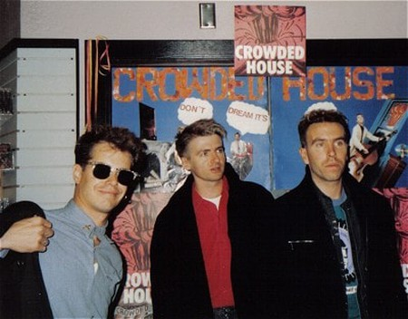 Crowded-house1